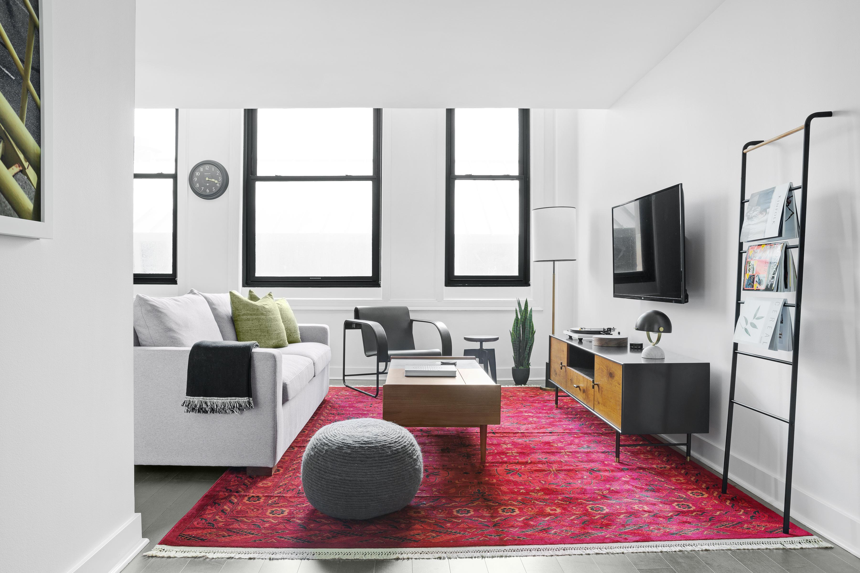 airbnb lyric investment
