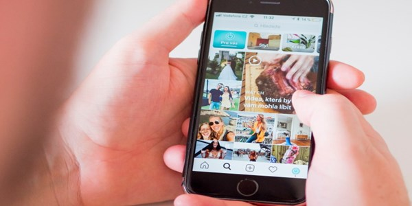 Travel agents give thumbs-up to hiding vanity Instagram likes