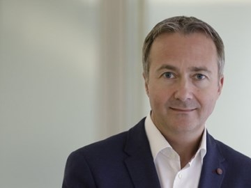 Paul Abbott gets top American Express GBT job as CEO Anderson steps down