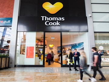 Thomas Cook collapses after investors pull the plug on survival package
