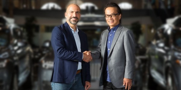 Toyota invests $500M in Uber as part of deal to develop driverless cars