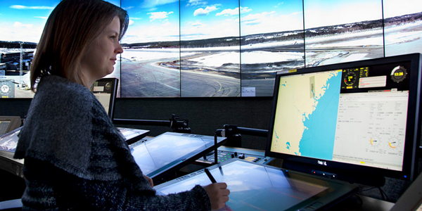 Remote-controlled airport suggests tech-heavy future of air traffic control