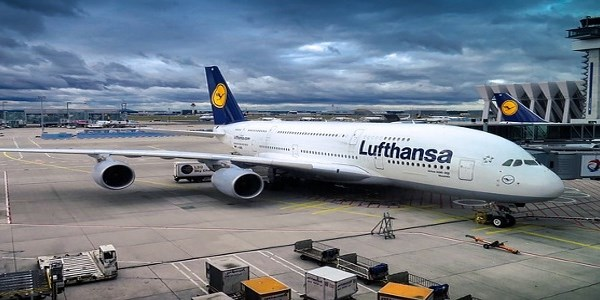 Lufthansa hits GDS bookings with fee increase on bags